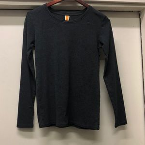 Lucy size medium charcoal gray knit tee
